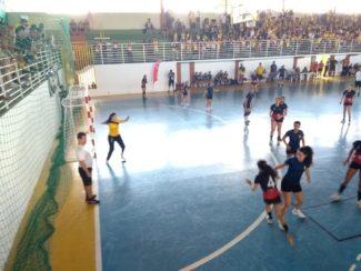Fim de semana de Jogos Universitários Valadarense